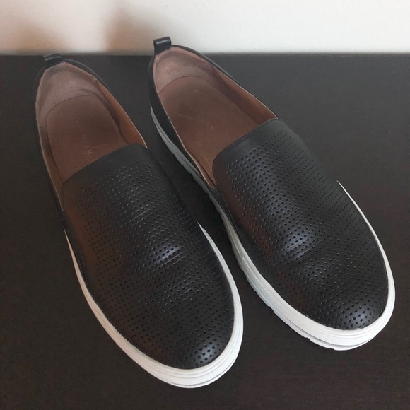 7696780035a Halogen Shoes - Halogen Black Leather Slip-on Sneakers